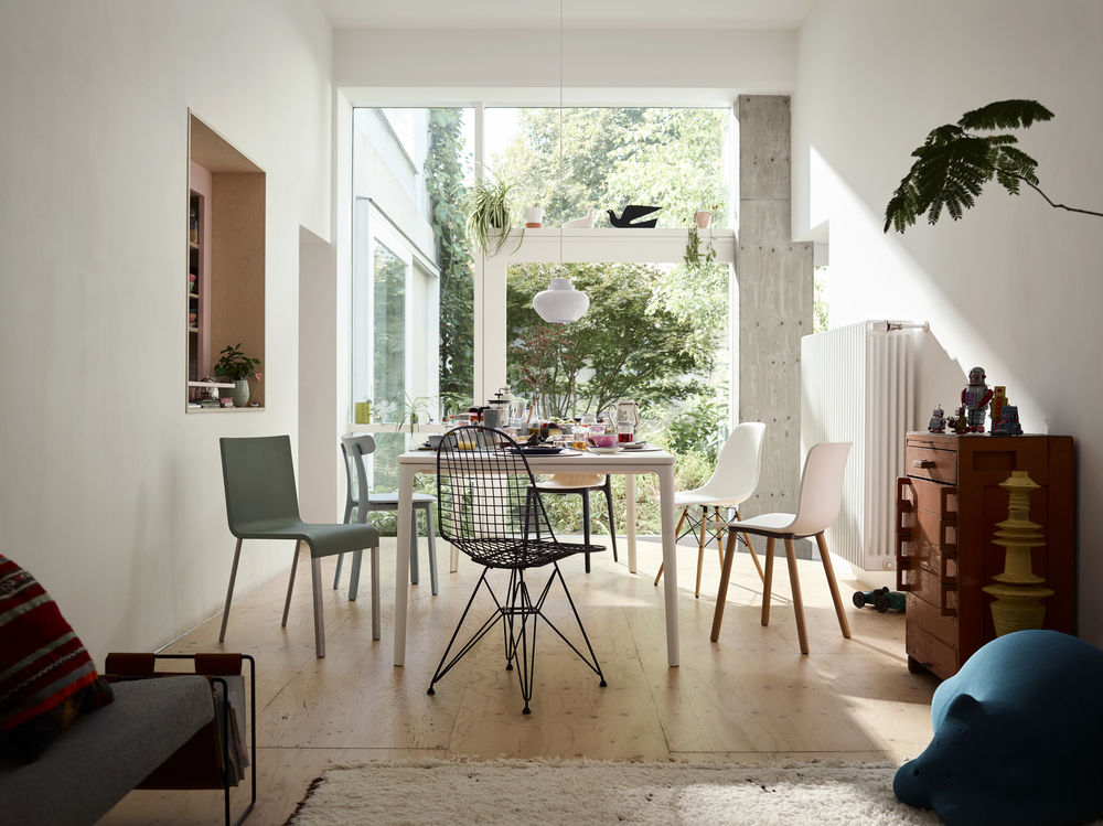 Trend Vitra Stoelen : Vitra dining chair actie cockaert